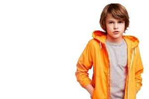 Çocuk iç giyim gruplarından Atlet, Külot, Pijama, Eşofman, Termal, Plaj giyimi, Tayt, Body ve daha bir çok iç giyim ürünü satışı yapılmaktadır. Yüzlerce Çocuk İç Giyim markası arasından, beğendiğiniz modelleri, bütçe, konfor ve zevkinize uygun olarak seçebilirsiniz.