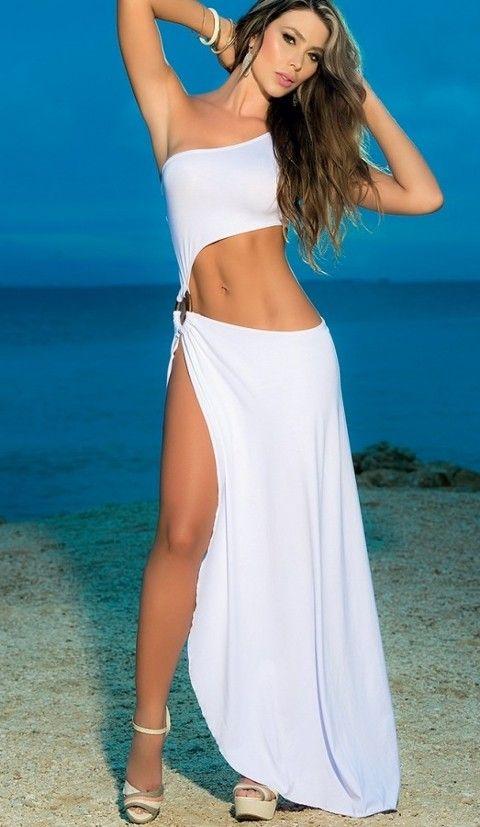 Seksi Uzun Elbiseler Merry See Metal Aksesuarlı Uzun Beyaz Elbise