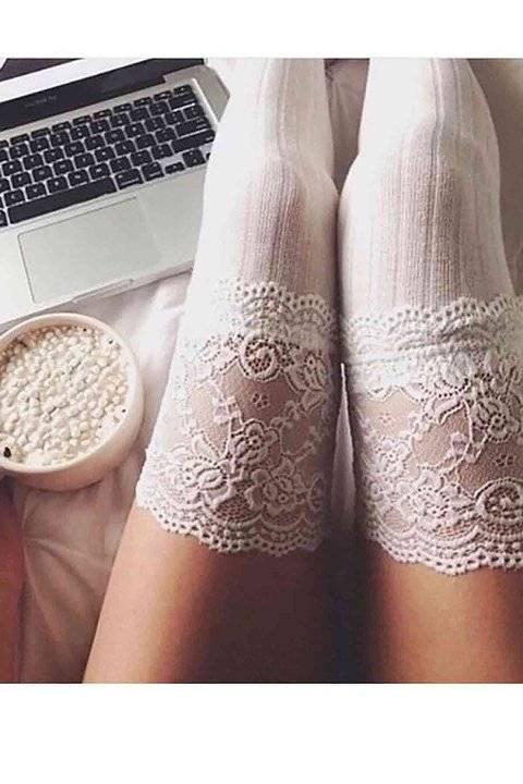 Merry See Parfümlü Dantelli Örgü Diz Üstü Jartiyer Çorap Beyaz
